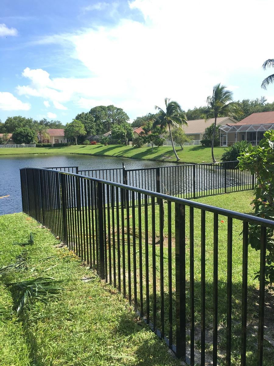 aluminum fence company plantation fl