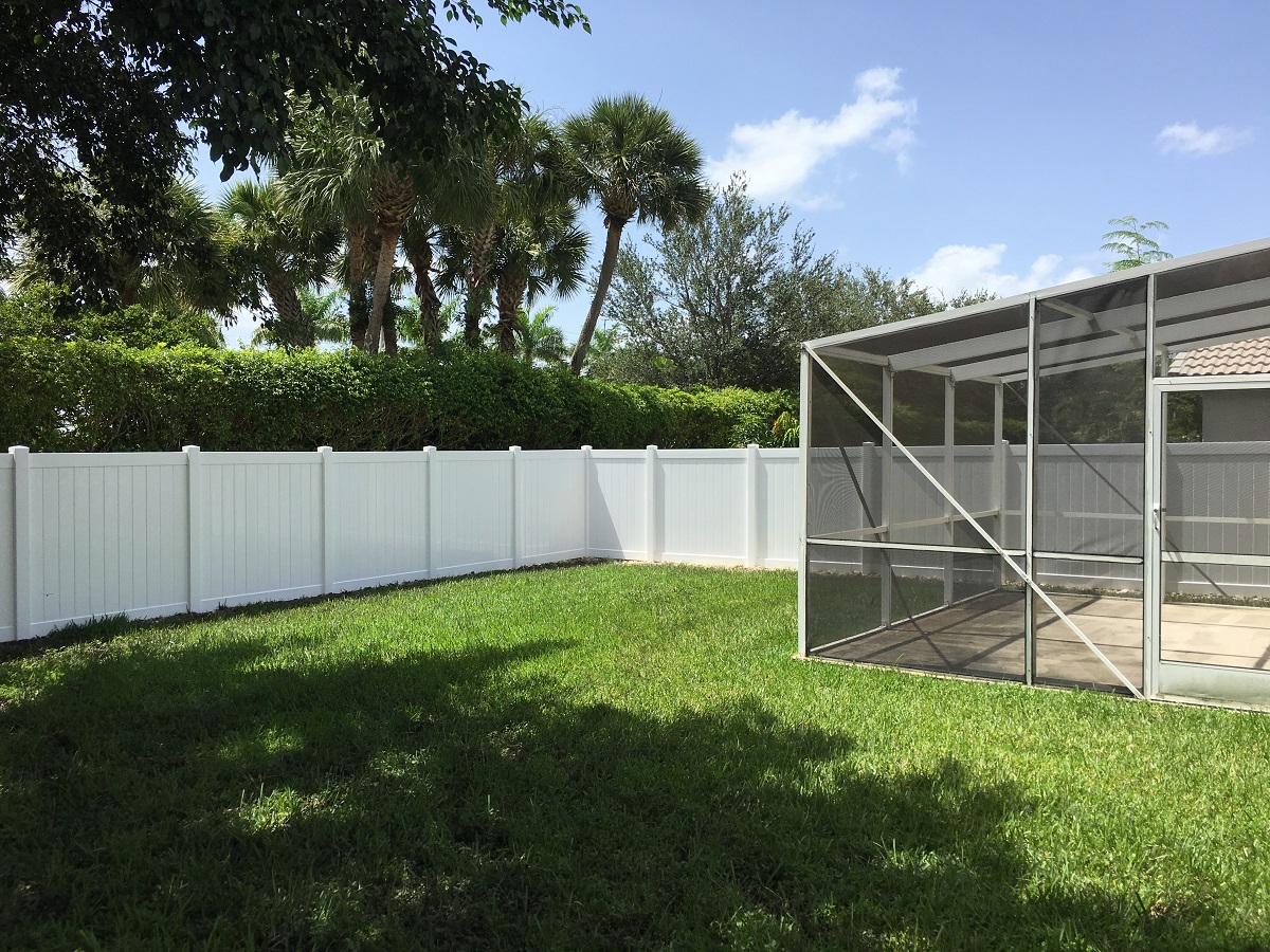 plantation fence company