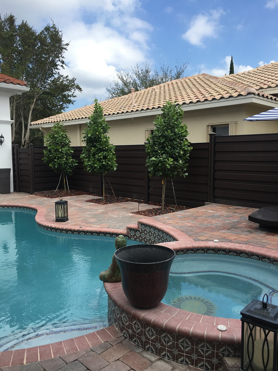 fence installation in plantation